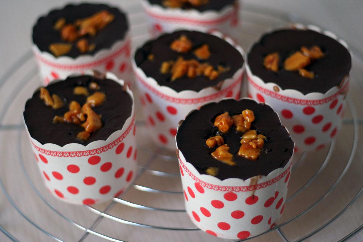 brownies mit honig-karamell {honeycomb crunch brownies}