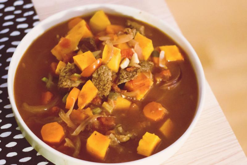schmorgericht orientalischer süßkartoffel-eintopf mit rind