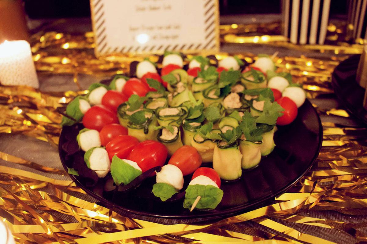 vegane zucchini-walnuss-röllchen {oscar buffet 2016}