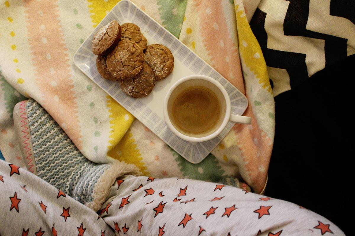 walnuss kekse mit schokolade
